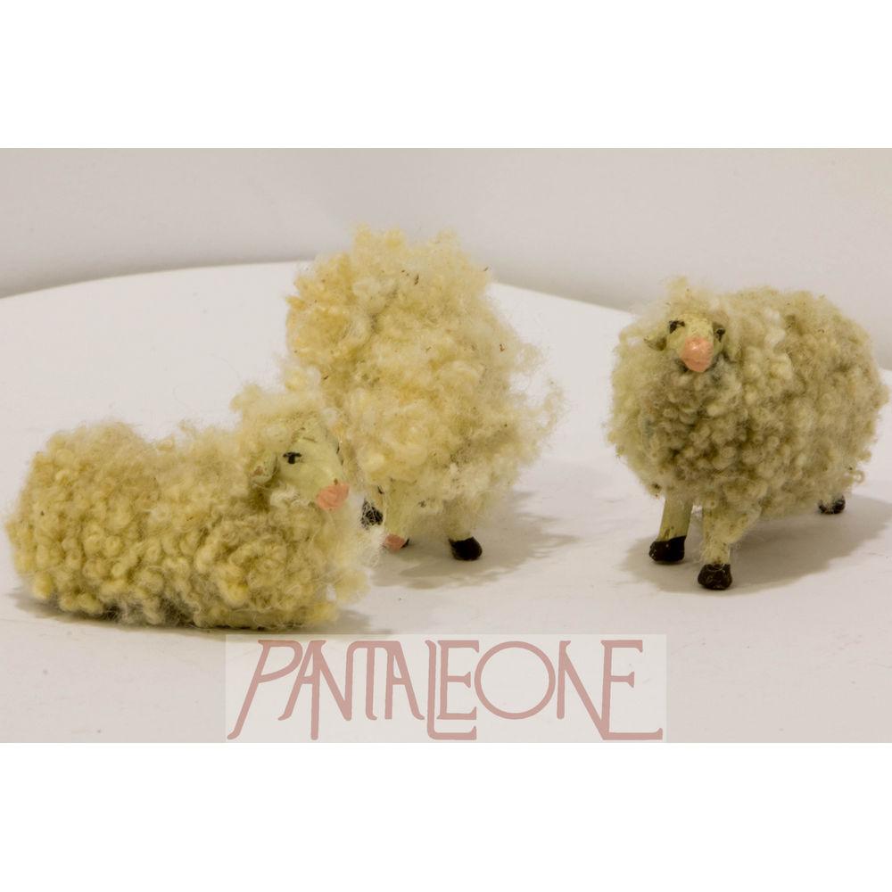 Kit di tre pecore con lana in terracotta